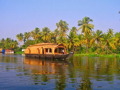 Houseboat Travel in Kerala, India